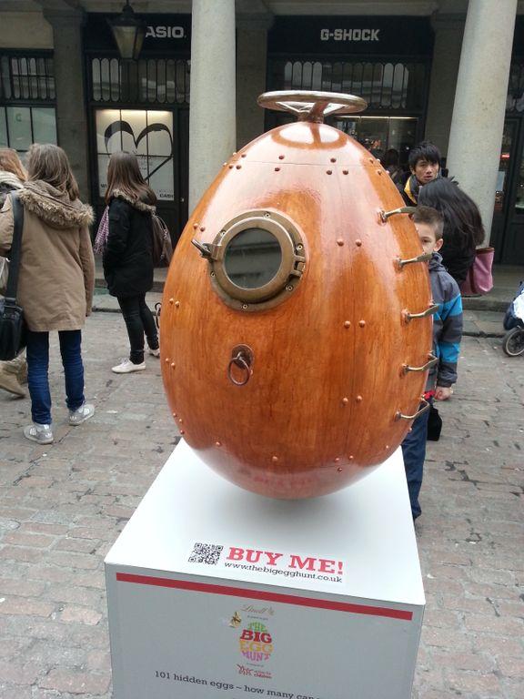 Egg Tank by Mark Hayward