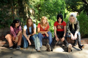 The-Runaways_group1