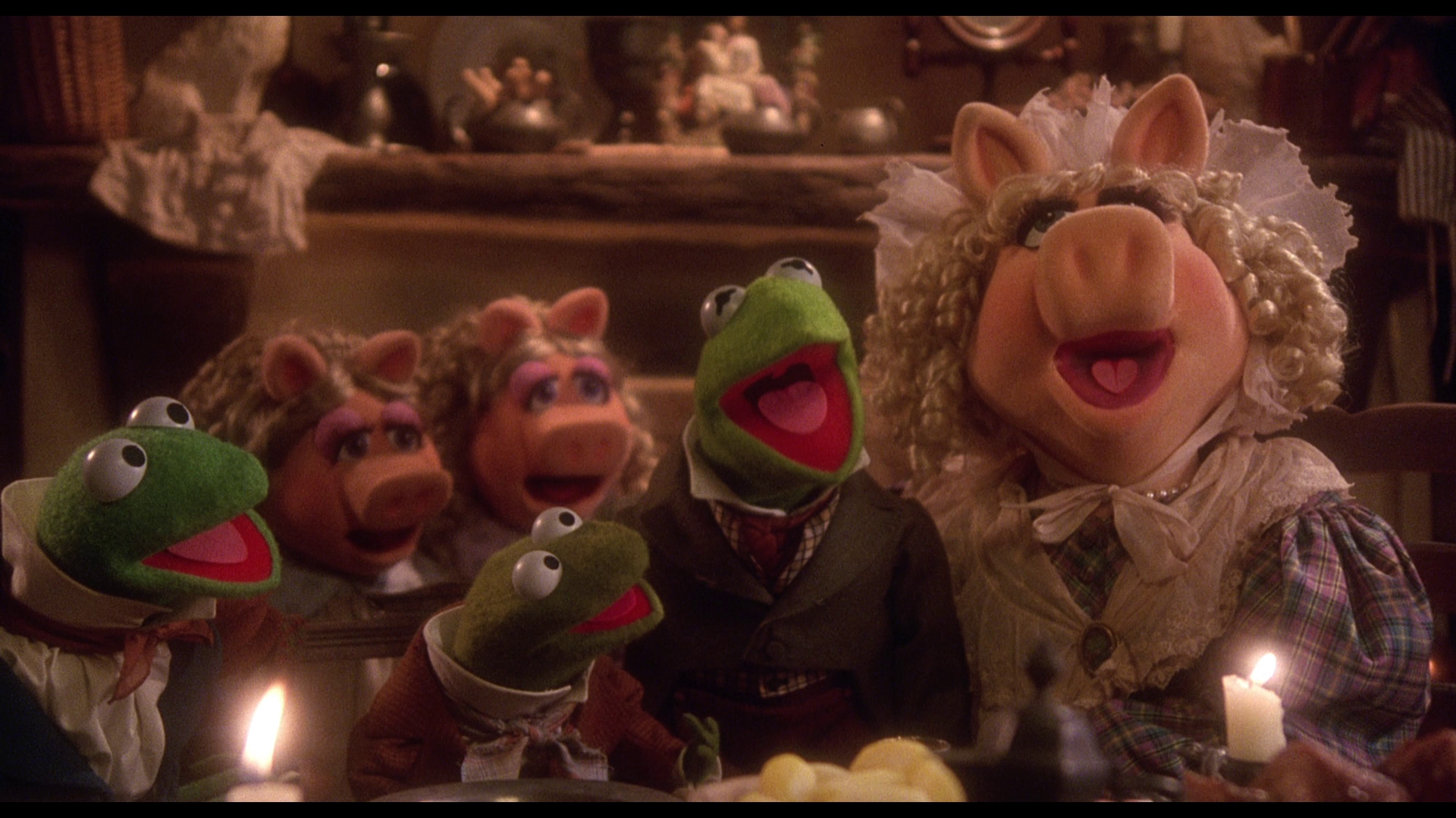 Twas the night before Christmas and...er... pigs???